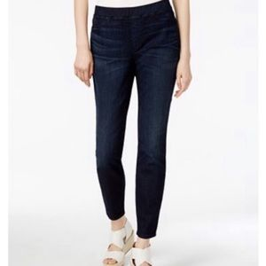 Eileen Fisher pull on jegging jeans